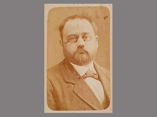 Der kühne Émile Zola, fotografiert von Félix Nadar (Public Domain)