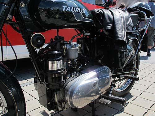Diesel-Motorrad Taurus