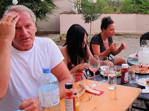 Von links: Peter Moser, Anita Fuchs & Resa Pernthaller