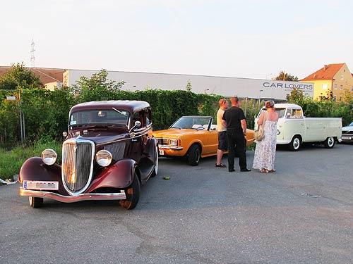 Die Alltagsklassiker: Überwiegend Yopungtimers, aber auch einzelne Vorkriegsfahrzeuge